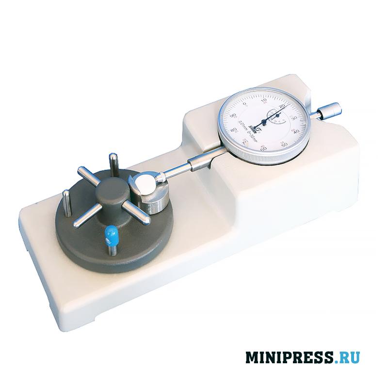 Анализатор измеряет толщину вершины и стенки твердой желатиновой капсулы
