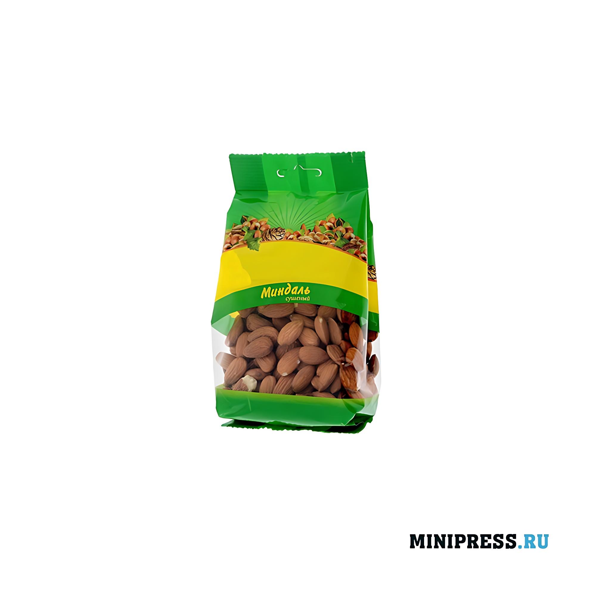 Упакованные продукты питания при помощи фасовочного оборудования